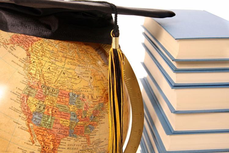 متقاعد کردن والدین برای تحصیل در خارج از کشور
